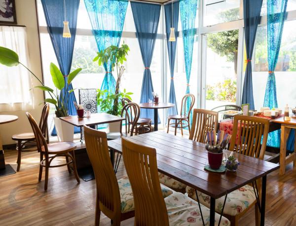 Cafe Makana Lei
